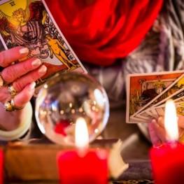Tarot-Reading-personal-photo